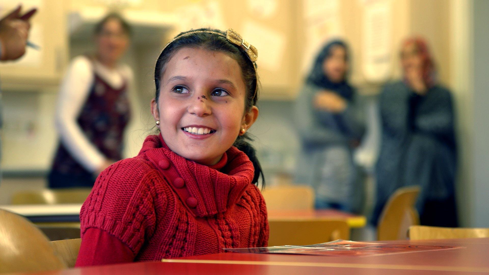 junge Syrerin im Kindergarten