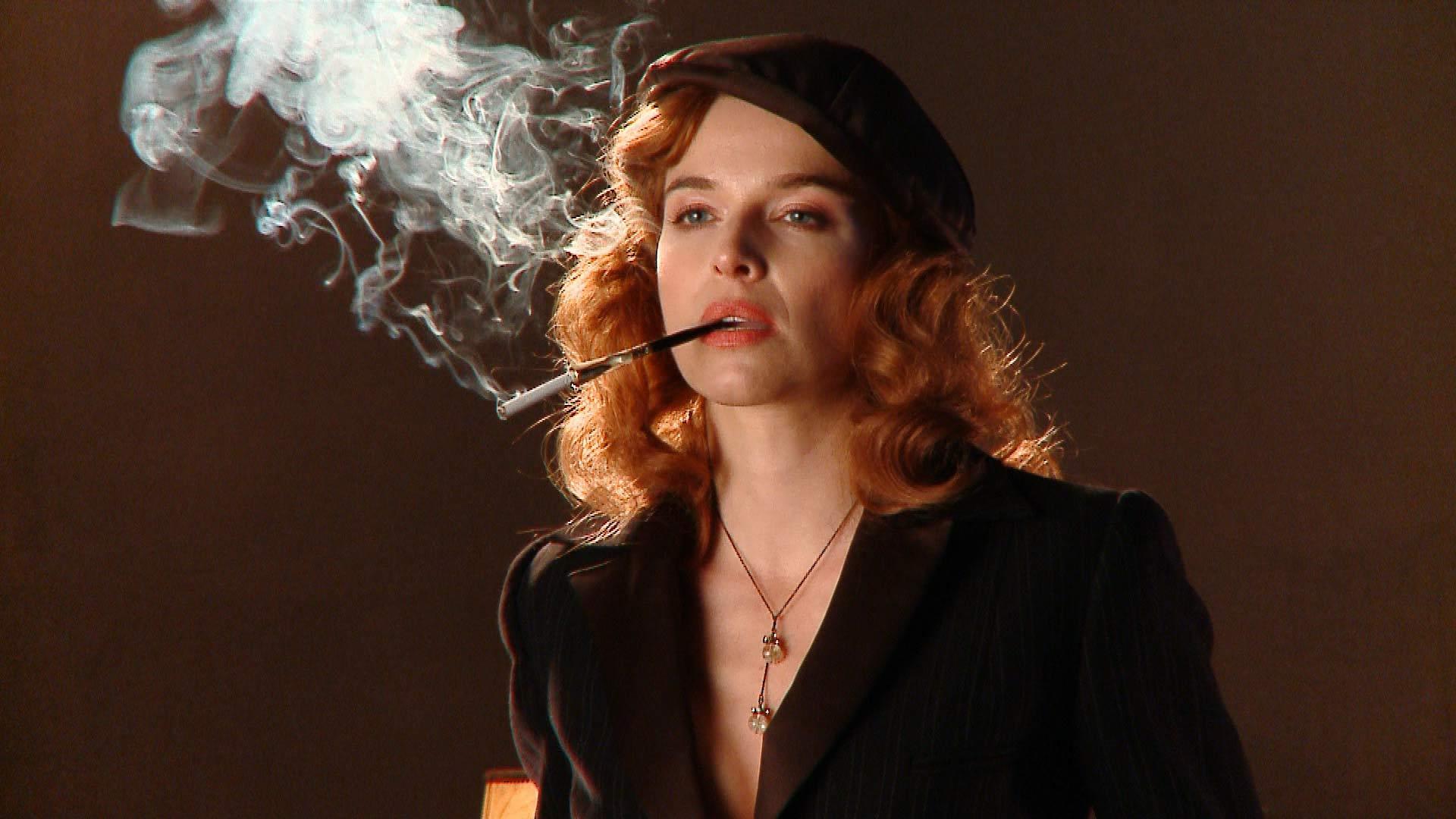 Thekla Reuten bei Probeaufnahmen zum Film Hotel Lux